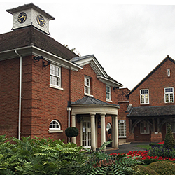 The American school in England TASIS (совместная)