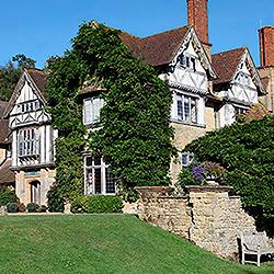 Hurtwood House School частная школа пансион в Англии | Великобритании